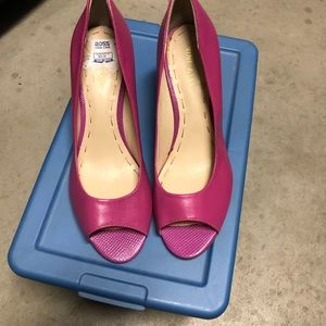 Pink Nine West Heels, size 6!
